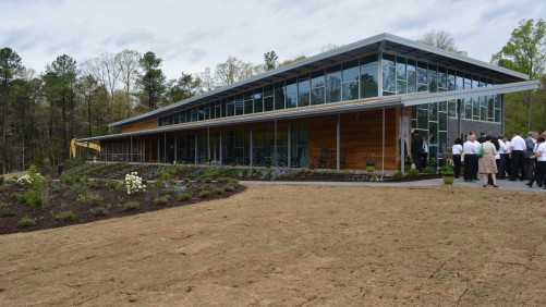 Bayer North American Bee Care Center Opens For Research