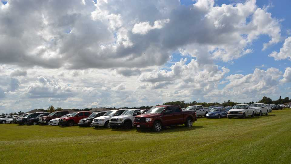 Full parking lot at 2015 Florida Ag Expo