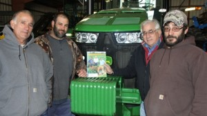 New Jersey Grower Of The Year Was 1995 Cover Subject Of  American Vegetable Grower Magazine