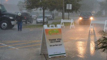 Rainy welcome at 2016 Florida Citrus Show