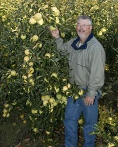 Brad Hollabaugh, a lifelong fruit grower with Hollabaugh Bros., Inc. Fruit Farms & Market, Biglerville, PA. Hollabaugh is a former American Fruit Grower® and Western Fruit Grower® magazines' Apple Grower of the Year. (Photo credit: Steve Hollabaugh)