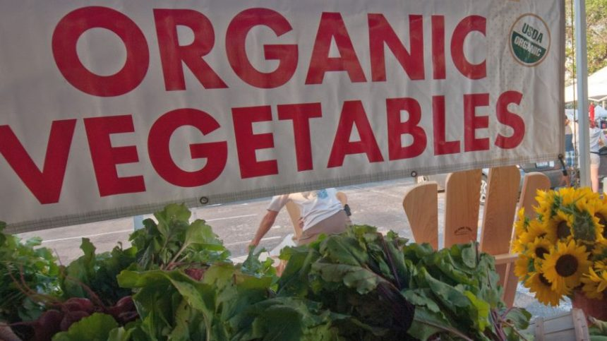 Organic Fresh Produce Sales Top $1 Billion in Third Quarter