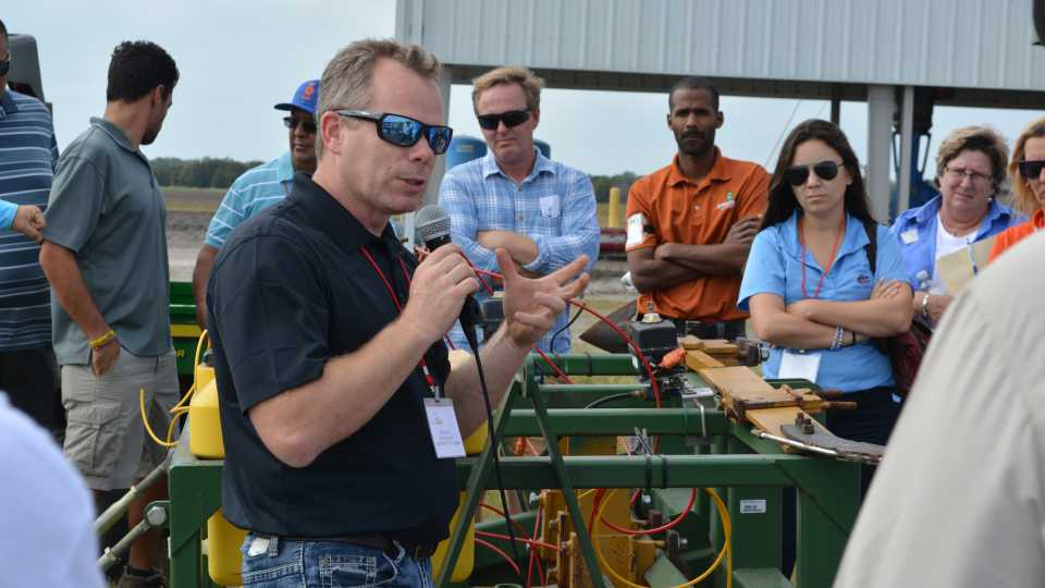UF/IFAS researcher Nathan Boyd discusses weed control during 2016 Florida Ag Expo field tour