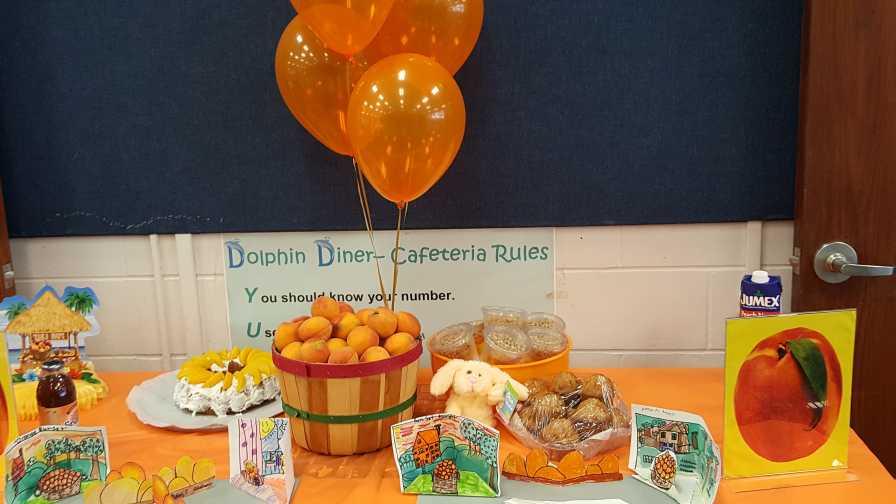 Florida Peach Day school lunch display