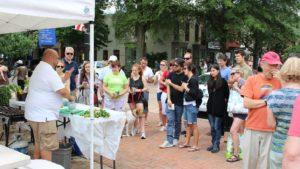 USDA: Mini Vegetable Classes Boosts Sales at Farmers' Markets