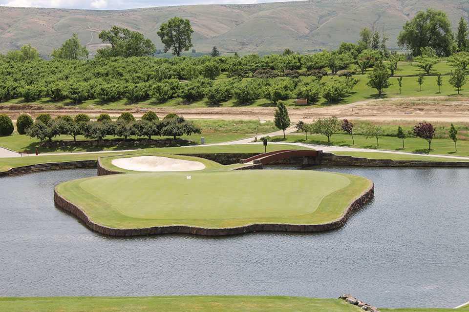 Apple Tree Golf Course in Yakima, WA