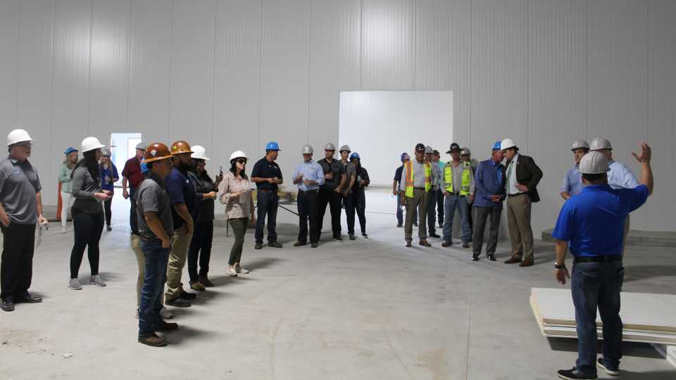 Tour of new cooling facility at Wish Farms